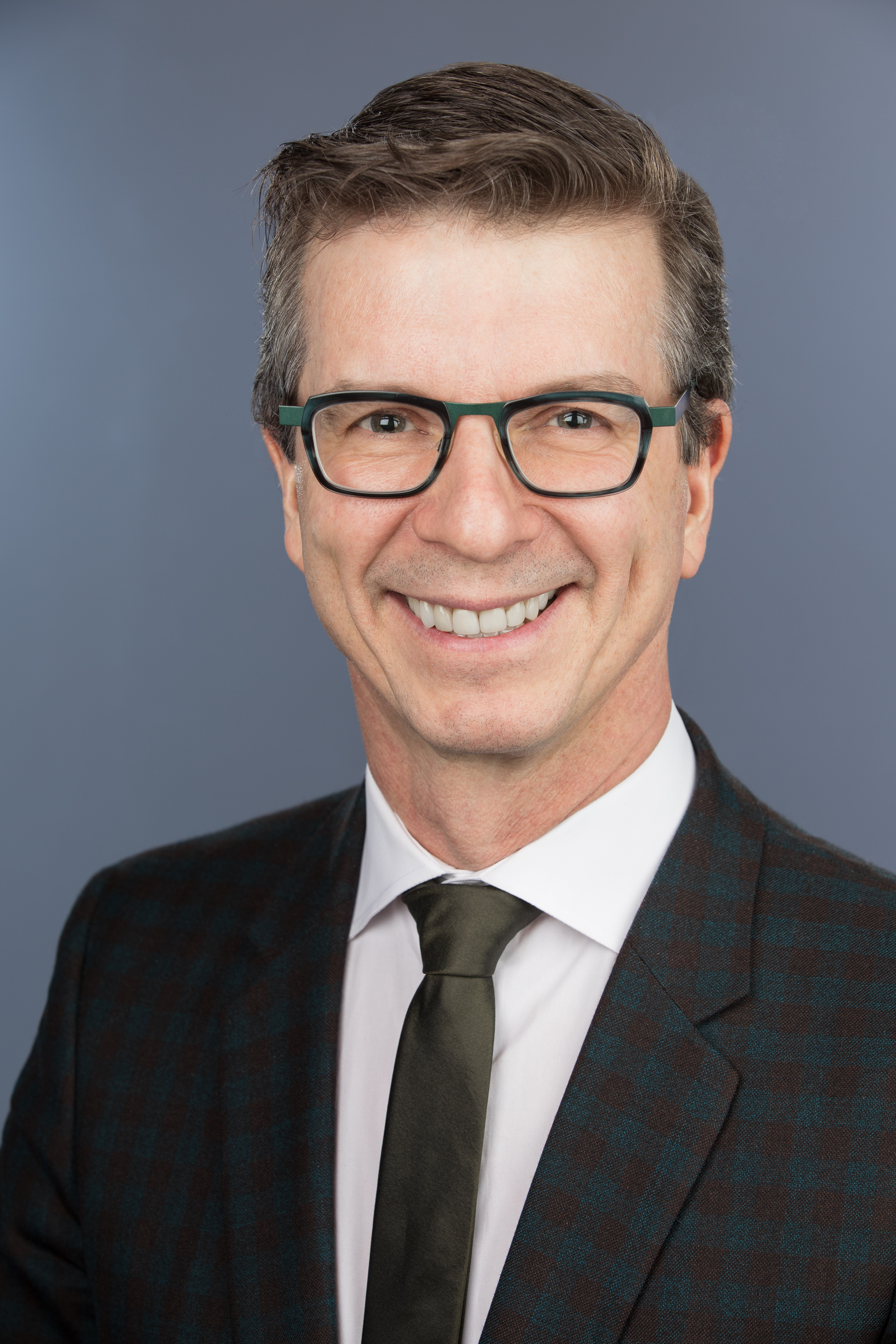 Dr. Alain Brassard