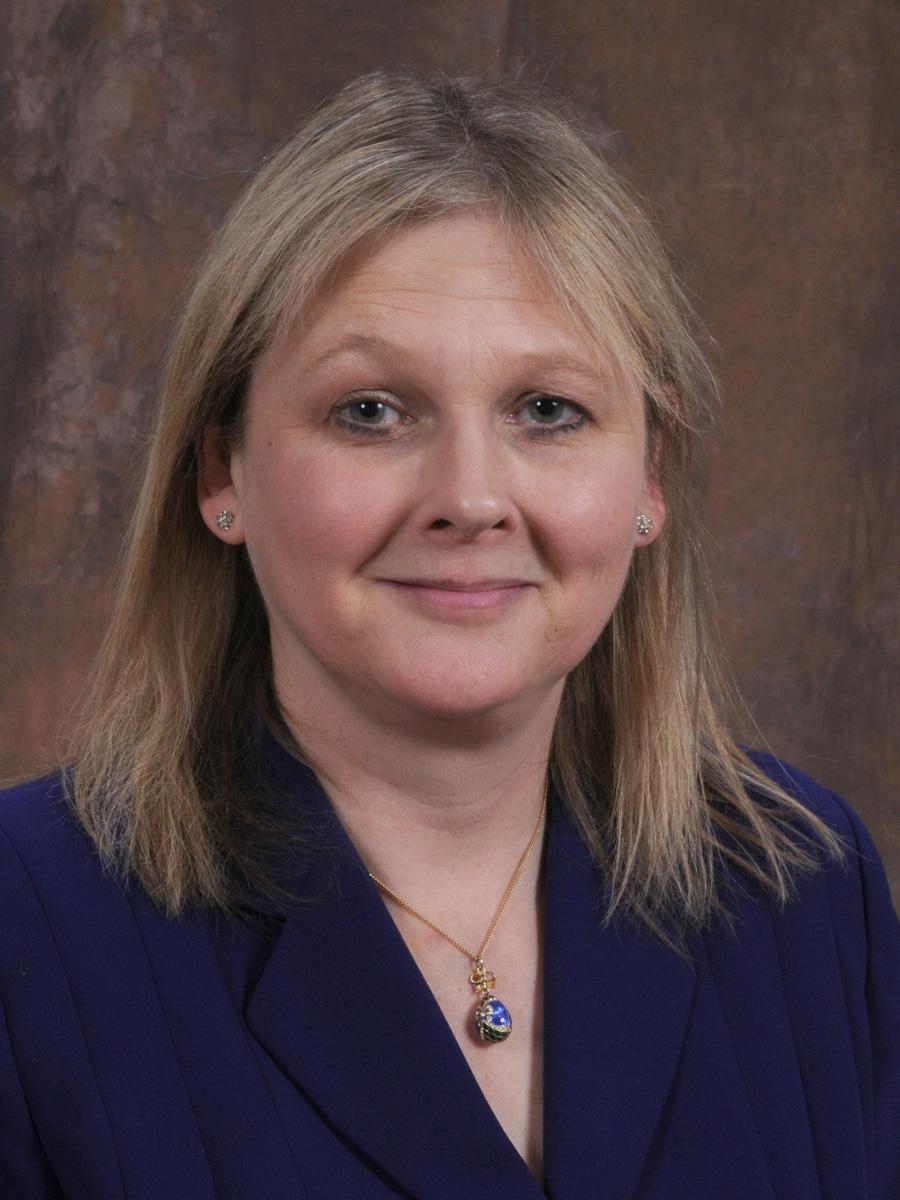 Dr. Robyn Houlden